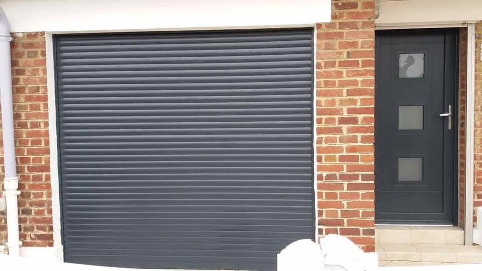 Porte de garage et porte
